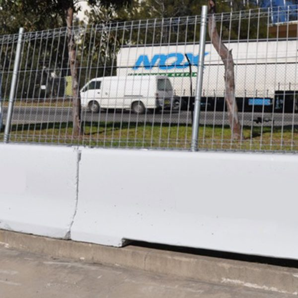 ready-fence-product-image-ready-kerb-concrete-barrier-mesh-panels